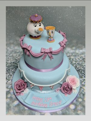beauty & the beast cake|disney cake|mrs potts & chip cake
