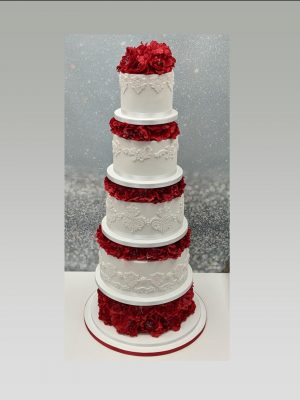 Indian wedding cake|red wedding cake