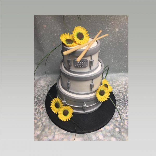 drum weddingcake cake|wedding