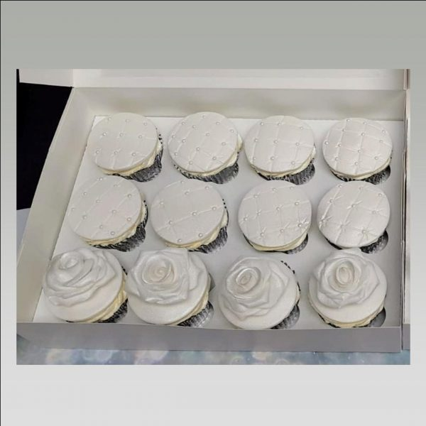 quilted cupcakes|roses cupcakes