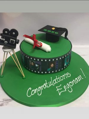 photograph cakes|graduation cake